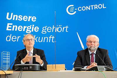 E-Control-Vorstände: Wolfgang Urbantschitsch, Andreas Eigenbauer  - Wien, APA