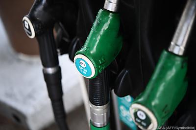 Vor allem Heizöl und Sprit wurden billiger  - Quimper, APA (AFP/Symbolbild)