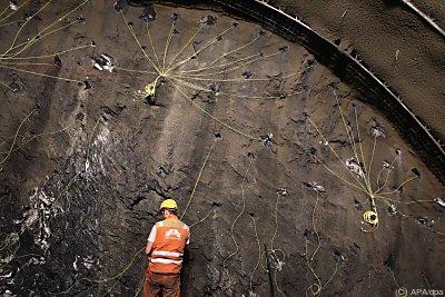 Sprengvorbereitung im Basistunnel  - Steinach, APA/dpa