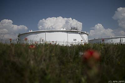 Die Lagerbestände legten auf über 484 Millionen Barrel zu  - Cushing, APA (AFP)