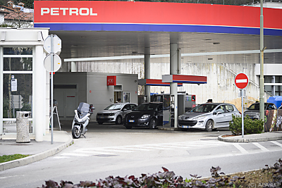 Petrol verlor stark  - Nova Gorica, APA/AFP
