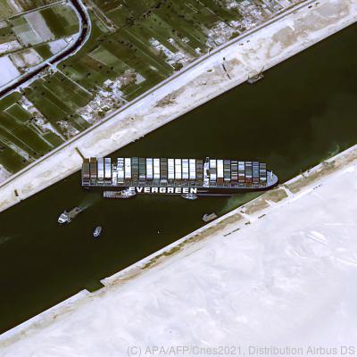 Die Suezblockade wird teuer  - Suez, APA/AFP/Cnes2021, Distribution Airbus DS
