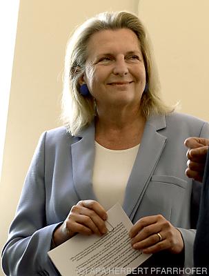 Ex-Ministerin Karin Kneissl  - Wien, APA/HERBERT PFARRHOFER