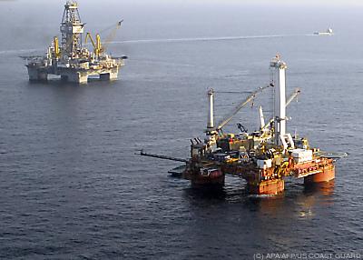 Erdöl ist aus unserem Alltag nicht mehr wegzudenken  - GULF OF MEXICO, APA/AFP/US COAST GUARD