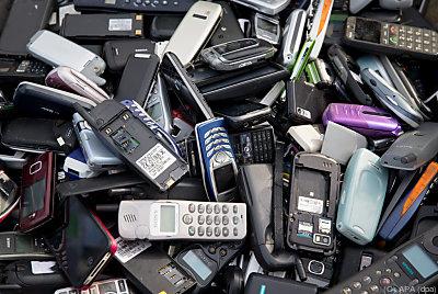 Die Handy-Recyclingquote liegt in Österreich bei 58 Prozent  - Berlin, APA (dpa)