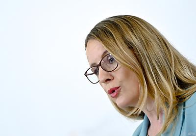 Wirtschaftsministerin Margarete Schramböck  - Wien, APA