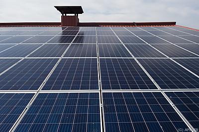 Solaranlage auf dem Dach  - Schernebeck, APA/ZB