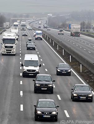 Den größten Anteil am Rückgang hatte der Landverkehr  - Loosdorf, APA (Fohringer)