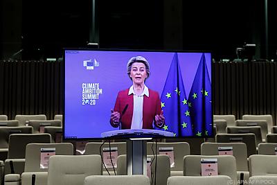 Ursula von der Leyen bei digitalen Gipfel  - Brussels, APA/AFP/POOL