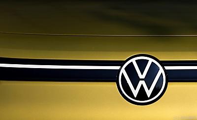 VW kauft bei Tesla CO2-Rechte - Wolfsburg, APA/AFP