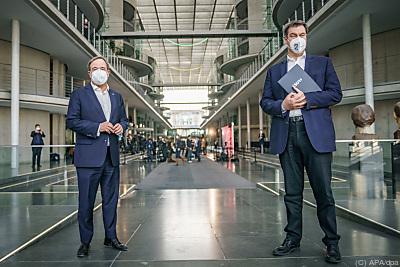 Armin Laschet (l.) und Markus Söder (r