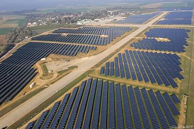 Ausbau von Photovoltaik und Windkraft müsste sich vervielfachen  - Marville, APA/AFP