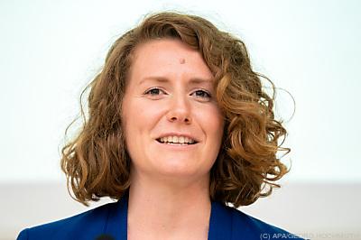 Katharina Rogenhofer nun auch Buchautorin  - Wien, APA/GEORG HOCHMUTH