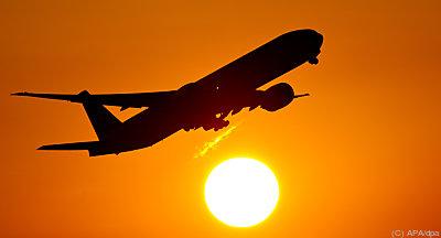Klimakrise nur mit weniger Flugverkehr bewältigbar - Frankfurt/Main, APA/dpa