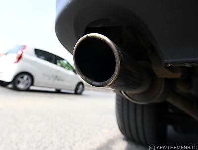 Wer mehr CO2 produziert, soll mehr zahlen - Wien, APA/THEMENBILD