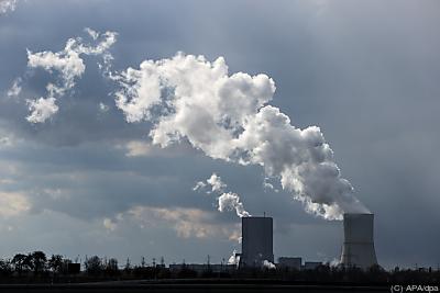 In der EU gibt es sowohl einen Emissionshandel als auch CO2-Steuern  - Espenhain, APA/dpa