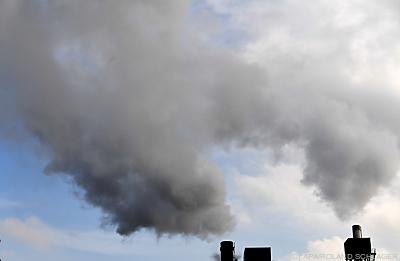 OÖ emittiert zu viel CO2  - Wien, APA/ROLAND SCHLAGER