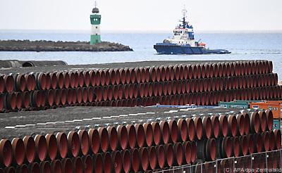 Rohre für die umstrittene Pipeline vor der deutschen Ostseeküste  - Sassnitz-Mukan, APA/dpa-Zentralbild