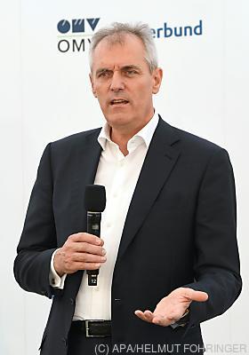 OMV-Chef Rainer Seele  - Schönkirchen-Reyersdorf, APA/HELMUT FOHRINGER