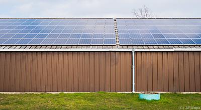 PV-Anlage auf einem Dach  - Hannover, APA/dpa