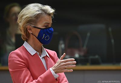 Ursula von der Leyen mit Maske  - Brussels, APAA/AFP/POOL