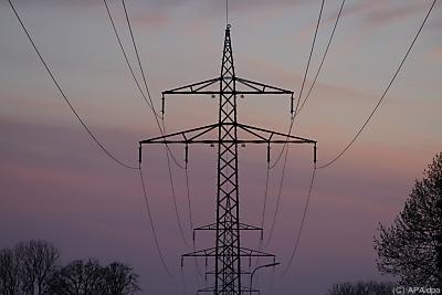 Überschüssiger Strom kann geteilt werden - Löhne, APA/dpa
